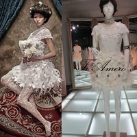 Heavy Beaded And Pearl Neck Shining Diamond Feather Flower Skirt Wedding Gown/Princess Lovely Short Lace Wedding Dresses