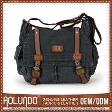 Mens cool laptop canvas and leather messenger bag