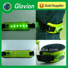 Super bright snap reflective flashing safety light band