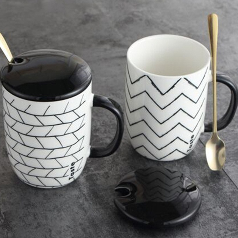 Wholesale <strong>black</strong> and white stripe coffee cup ceramic mug with lid and spoon