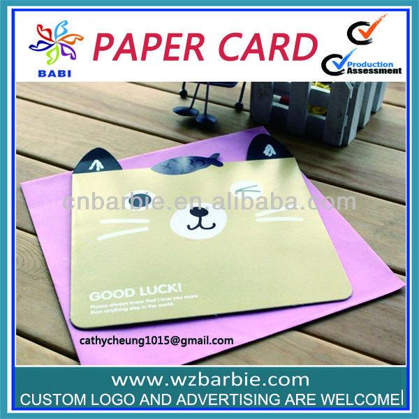 animal em forma de cartões de papel