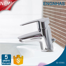 Contemporary brass widespread single hole double handle water faucet water saver faucet