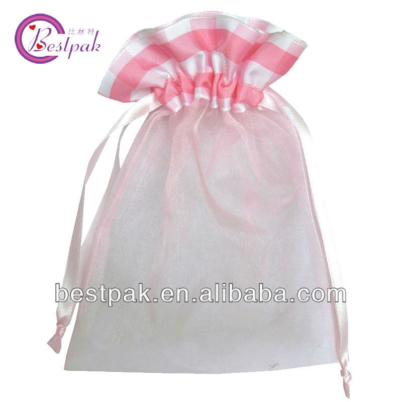 pink organza drawstrings pouches with ribbon bow decoration