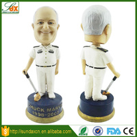 Custom polyresin handmade man bobblehead / personal resin golfer figurine with bobble head dolls