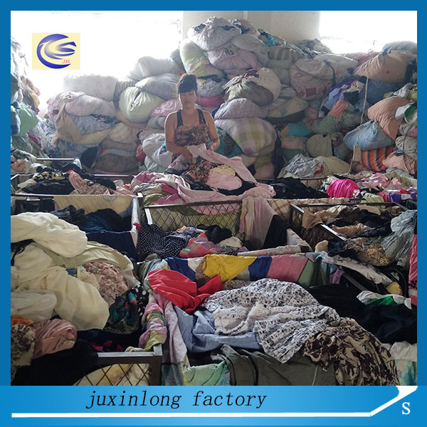 buy fairly quality import used clothes from china in bale within 1 year high end