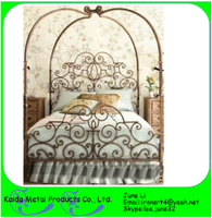 simple wrought iron double bed design