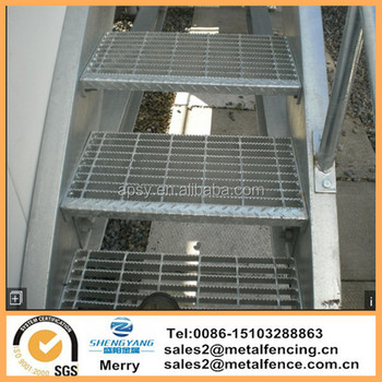Non skid/slip galvanized steel Bar grating stairs treads with diamond plate nosing