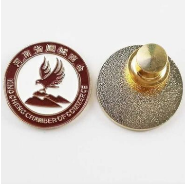 2017 new wholesale label pin badge can be OEM