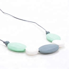 New design cheap Customized teething <strong>necklace</strong> silicone beads for gift