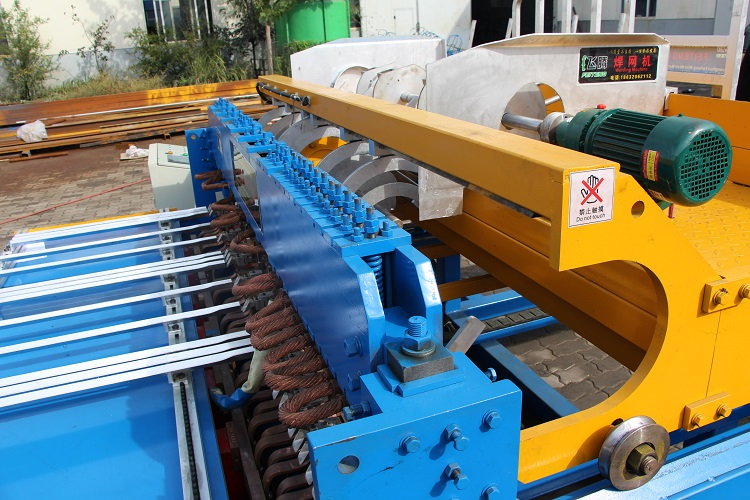 Best price automatic welded wire mesh machine for construction