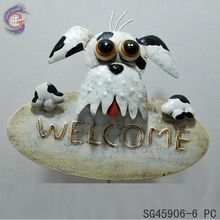 Outdoor Hanging Decor of Dog Welcome Sign Key Keeper