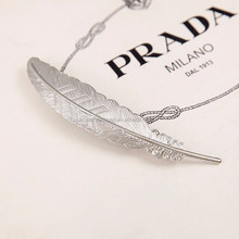 fancy fashion alloy feather shape hair clips& feather design hair pinch clip