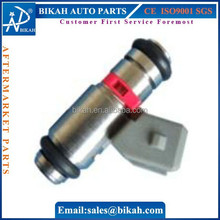 OEM# IWP023 FUEL INJECTOR/INJECTORS NOZZLE FOR VW: Caddy,Polo,Golf,Vento 1.6L FIAT: Punto 1.6L