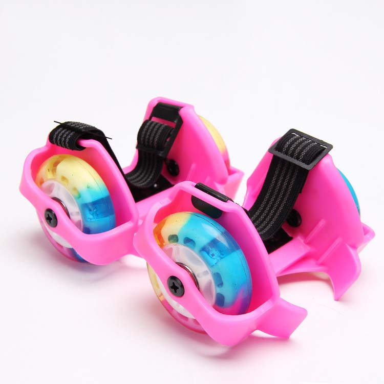 High quality low price kids and adult flashing roller skate