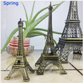 Famous in the world building pairs Tower souvenir craft