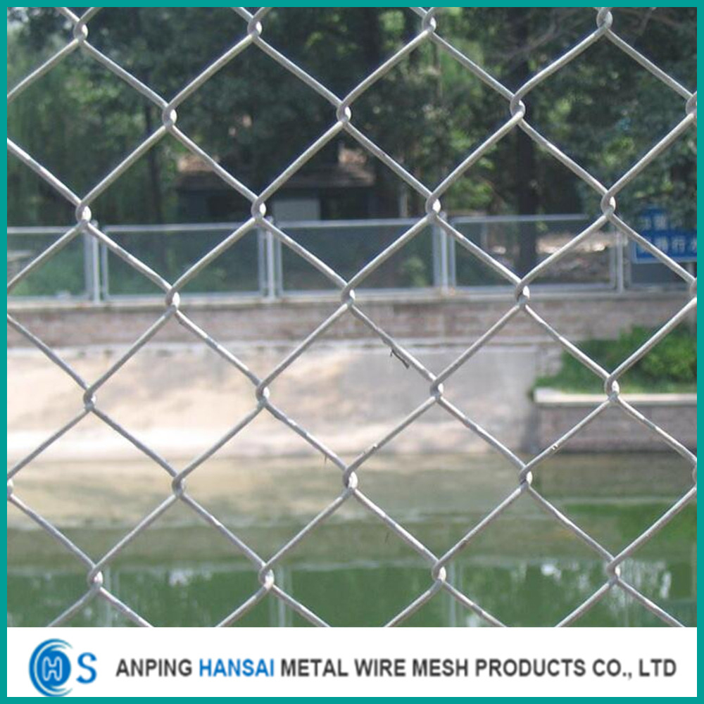 Galvanized diamond wire mesh chain link fencing China