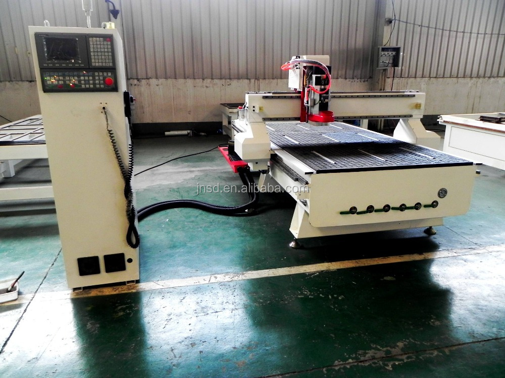 Fast Work Speed Cnc Wood Embossing Machine 8 Tools ATC CNC Center SD1325C For Furniture Cabients Door Making