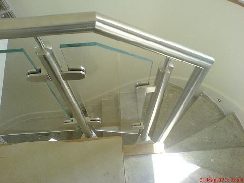 Trap randbescherming balustrade van roestvrij staal for Trap ontwerpen
