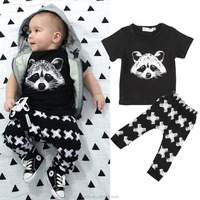 2016 New Dsign Soft Cotton Printed Squirrel Newborn Baby Clothing Sets