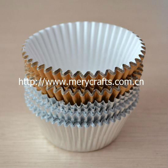 2013 hot metallic paper bakery supplies wholesale cupcake liners paper party dishes from Mery Crafts
