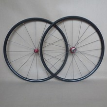 Venta caliente 24mm carbon clincher ruedas con porwerway r36 hub y pilar carbon 1420 spoke light pesas, cubo rojo