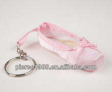 wholesale mini pink ballet dance shoe keychain