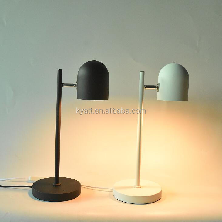 Brightening up living area powder black/white retro design desk lamp