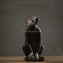 Polyresin modern design hand painting monkey figurine
