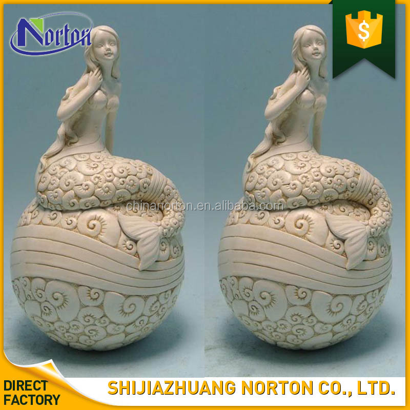 Decoration Lovely Young Sitting Mermaid Resin Ivory Colored Statue NT-FSY134