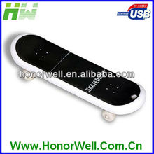 OEM Promotion SkateBoard Plastic USB Flash Drives Noble Gifts for Kids.
