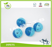 cat toy plastic ball with paw design,pet toy with bell,rattle balls pet toy