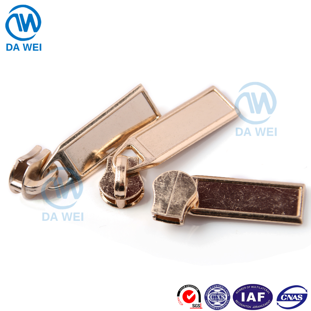 DAWEI brand wholesale special fancy autolock zip metal slider zipper puller design