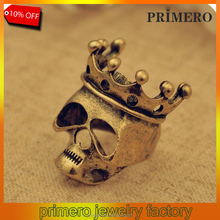 Wholesale European and American jewelry retro crown skull Female ring