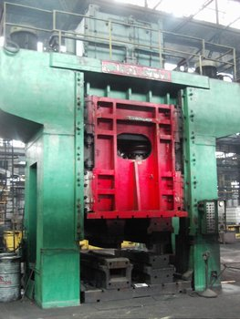 Rovetta hydraulic press 1600t