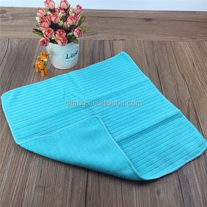 Household using microfiber kitchen cleaning cloths towels