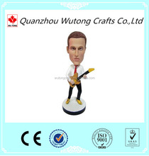 Polyresin Material Custom Bobble Head Souvenir Guitar Figurine