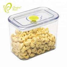 Professional plastic food storage containers