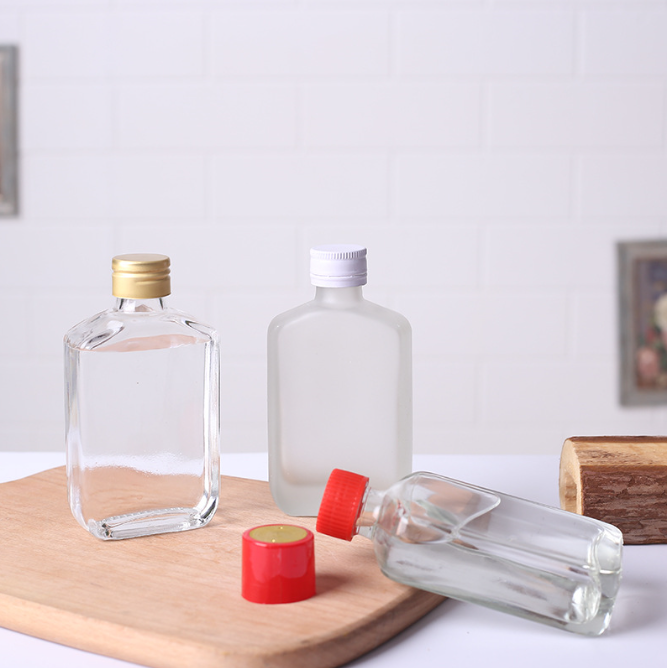 200ml Flat Square Beverage Packing Glass Flask Bottle