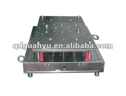 Plasitc injection mold for auto part