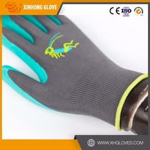 Garden digging, planting and raking gloves with built in claws Puncture Resistant gardening gloves