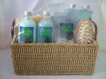 Wholesale Seagrass Basket Body & Bath Gift Set