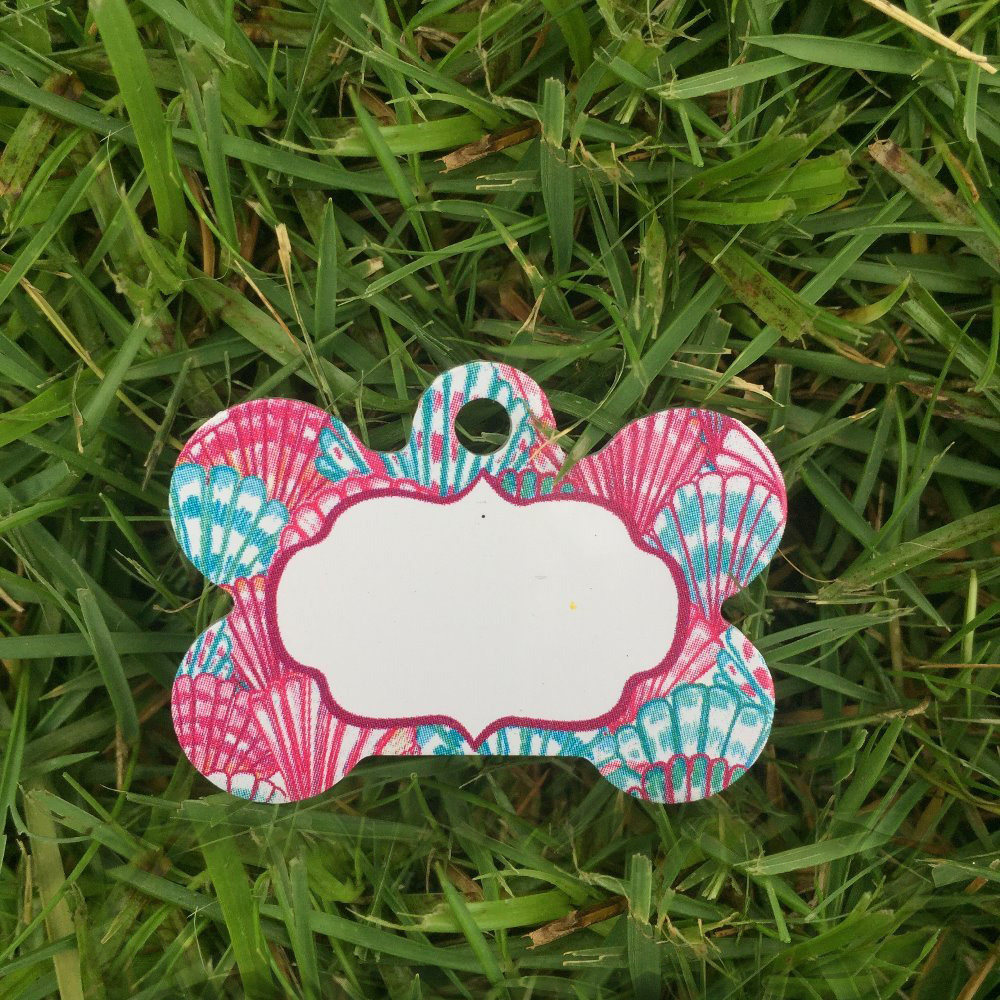 Wholesale Monogram Lilly Pulizter Pet Tag In Stock