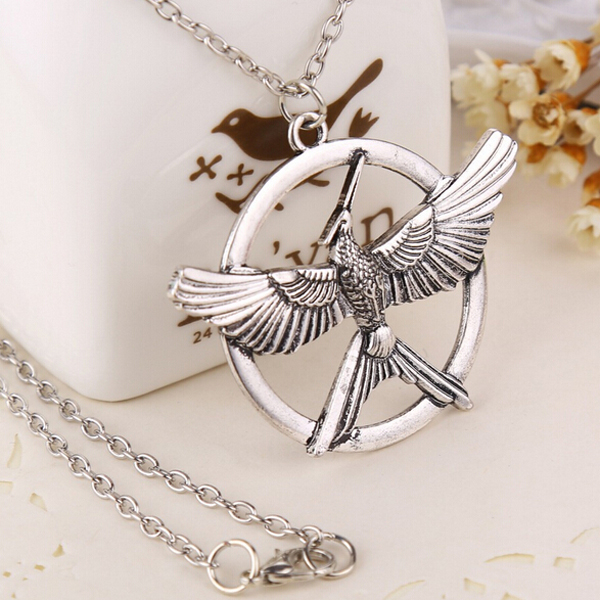 Hunger Games Movie 3 Parroting Laugh Bird Pendant Necklace