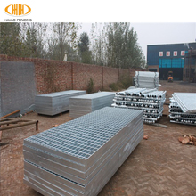 High quality welded serrated galvanized steel deck grating platform