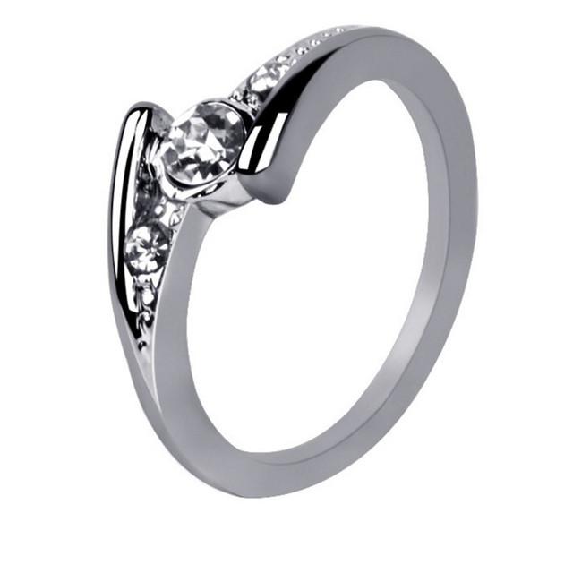 Korean fashion wild temperament cute bow diamond jewelry