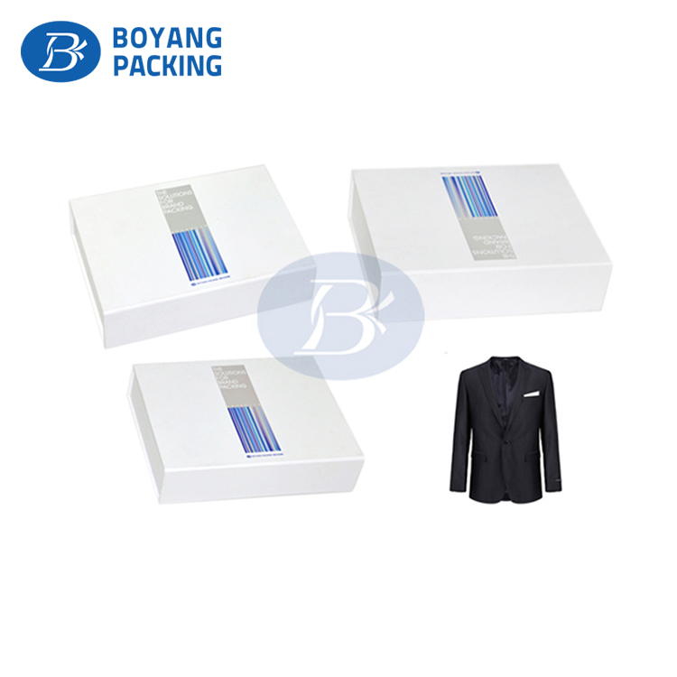 Customized hot foil logo Luxury cardboard packaging apparel scarf gift box