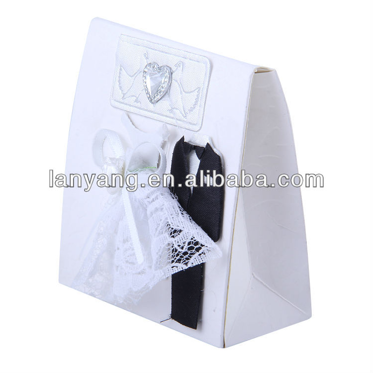 Wedding box Bride and groom designs decoration candy box for wedding dress sweet box