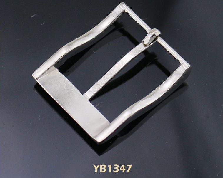 2017 Fashionable unique gun metal men square pin belt buckle