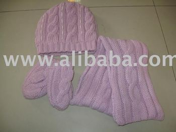 3 pcs kids hat + gloves + scarf set