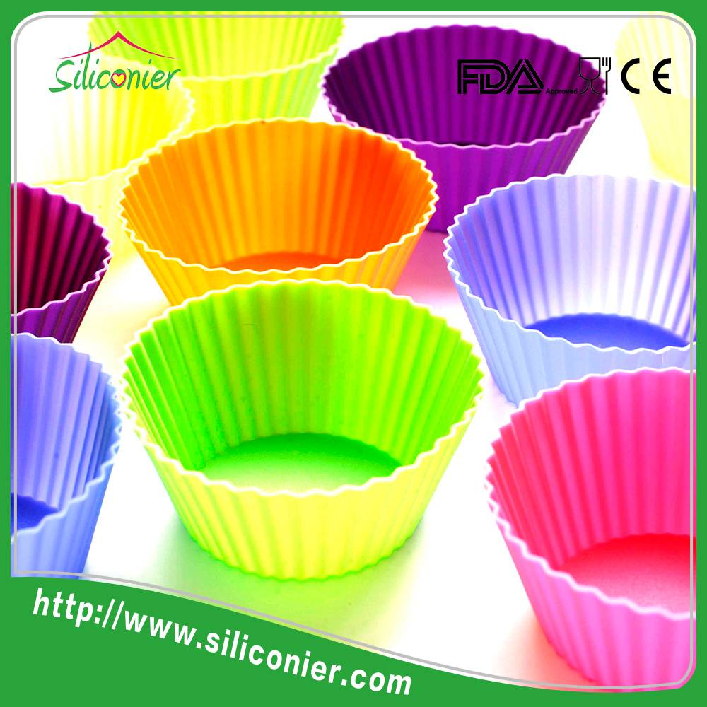 Wholesale professional heart shape silicone cake molds cupcake